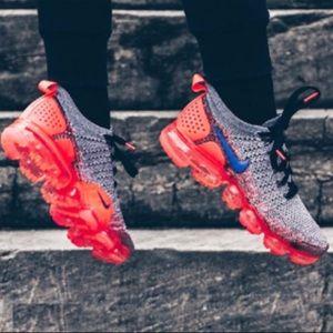 Nike air vapormax flyknit sneakers